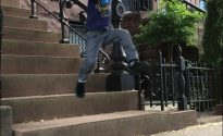 Stoop leapin'